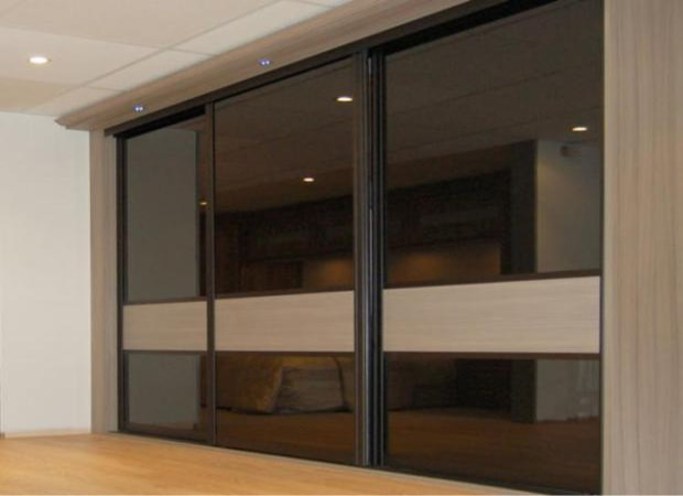 Amazing built in wardrobe by MRY projects of swindon